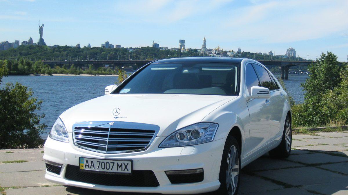 Mercedes-Benz (W221L) WHITE